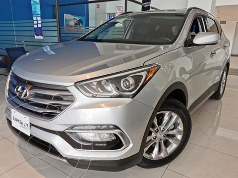 Hyundai Santa Fe Sport 2.0L usado (2018) color Plata precio $385,000