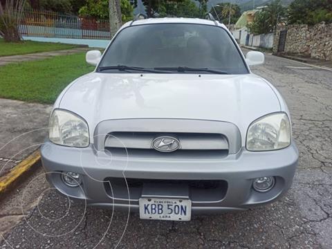 Hyundai Santa Fe GLS Auto. 4x4 usado (2006) color Blanco precio u$s6.500