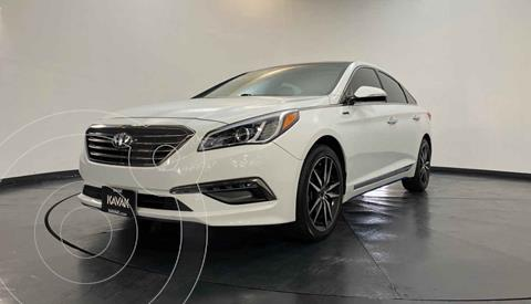 Hyundai Sonata Limited NAVI usado (2015) color Blanco precio $229,999