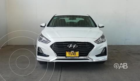 Hyundai Sonata Premium usado (2018) color Blanco precio $300,000