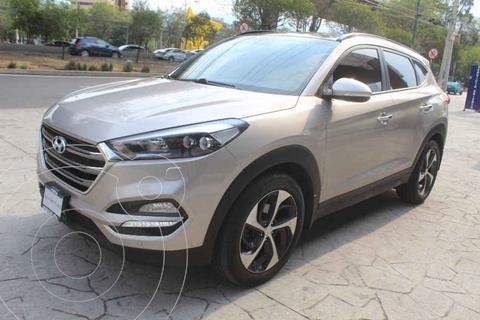 Hyundai Tucson Version usado (2017) color Dorado precio $325,000