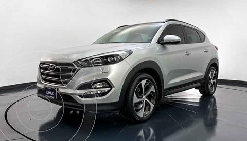 Hyundai Tucson Limited Tech usado (2016) color Plata precio $297,999