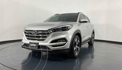 Hyundai Tucson Limited Tech usado (2016) color Plata precio $334,999