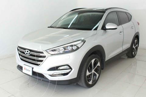 Hyundai Tucson Version usado (2017) color Plata precio $339,000