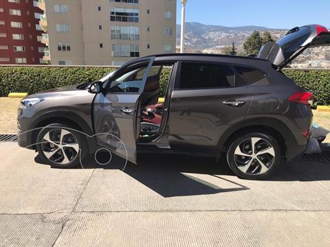 Hyundai Tucson Limited usado (2018) color Tabaco precio $350,000