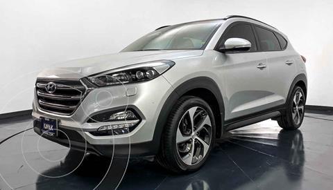 Hyundai Tucson Limited Tech usado (2016) color Plata precio $302,999