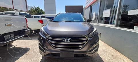 Hyundai Tucson Limited usado (2016) color Cafe precio $283,000