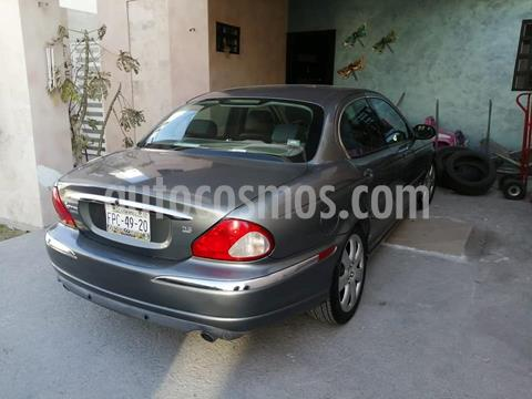 Jaguar X-type 2.5L V6 Aut usado (2004) color Gris precio $120,000