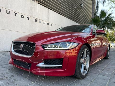 Jaguar XE R-Sport usado (2016) color Rojo precio $499,900