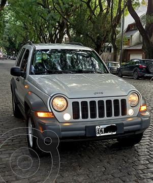 Jeep Cherokee 2.8 CRD Aut usado (2005) color Plata Metalizado precio u$s9.500
