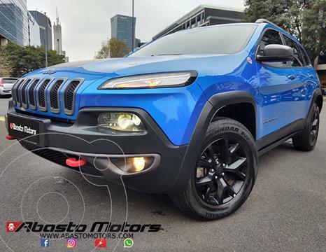Jeep Cherokee Trailhawk 3.2 Aut usado (2018) color Azul precio u$s37.500