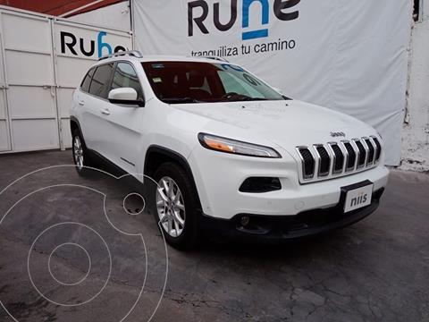 Jeep Cherokee Latitude usado (2014) color Blanco precio $240,000