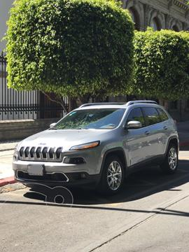 Jeep Cherokee Limited Premium usado (2015) color Plata Martillado precio $245,000