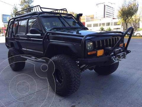 Jeep Cherokee Sport 4X4 usado (1997) color Negro precio $250,000