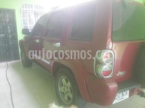 Jeep Cherokee Limited 3.7L Aut 4x2 usado (2007) color Rojo Infierno precio u$s2.500