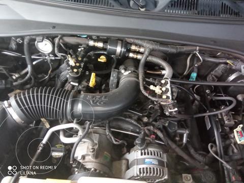 Jeep Cherokee Limited 3.7L Aut 4x2 usado (2011) color Negro precio u$s7.500