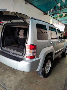 Jeep Cherokee Limited 3.7L Aut 4x4 usado (2012) color Plata precio u$s8.700