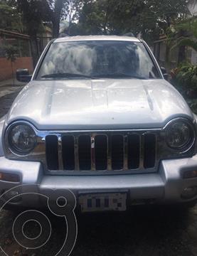 Jeep Cherokee Classic  Auto. 4x4 usado (2003) color Plata precio BoF4.500