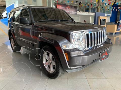Jeep Cherokee Sport 4x2 usado (2014) color Gris precio u$s11.900