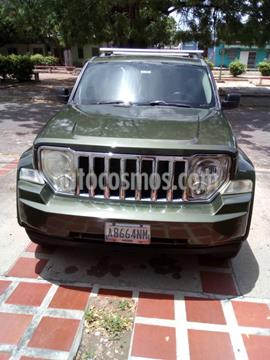 Jeep Cherokee Limited 4x2 usado (2009) color Verde precio u$s4.000
