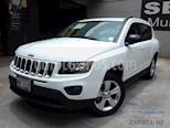 Foto venta Auto usado Jeep Compass 4x2 Latitude Aut (2015) color Blanco precio $205,000