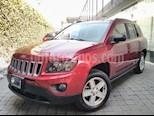 Foto venta Auto Seminuevo Jeep Compass 4x2 Latitude Aut (2015) color Rojo precio $239,000