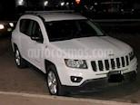 Foto venta Auto usado Jeep Compass 4x2 Latitude Aut (2015) color Blanco precio $195,000