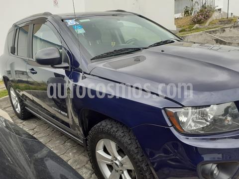 Jeep Compass 2.4L 4x2 Aut usado (2015) color Azul precio u$s26.500