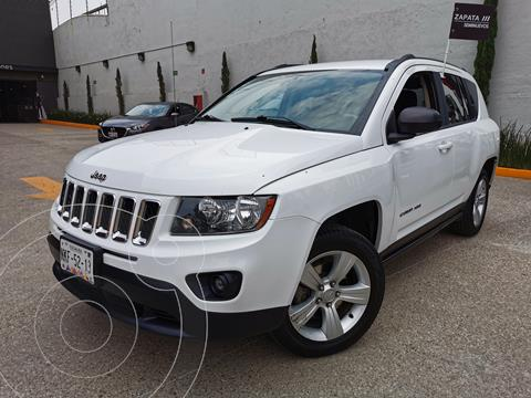 Jeep Compass 4x2 Latitude Aut usado (2016) color Blanco precio $255,000
