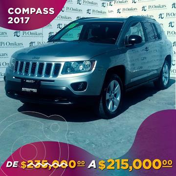 Jeep Compass 4x2 Latitude usado (2016) color Plata Dorado precio $215,000