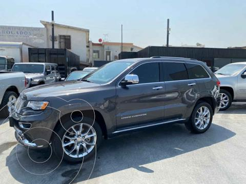 Jeep Grand Cherokee Summit 5.7L 4x4 usado (2015) color Gris precio $489,800