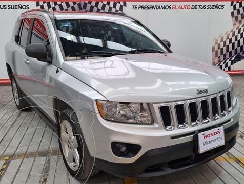 Jeep Grand Cherokee Limited 3.6L 4x2 usado (2015) color Plata Martillado financiado en mensualidades(enganche $202,500 mensualidades desde $7,194)