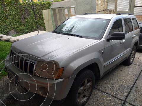 Jeep Grand Cherokee Limited 4.7L Aut 4x4 usado (2006) color Plata precio u$s4.500