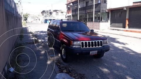 Jeep Grand Cherokee Laredo Auto. 4x2 usado (1999) color Rojo precio u$s2.100