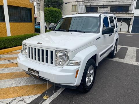 foto Jeep Liberty Sport 4x2 Piel usado (2013) color Blanco precio $174,900