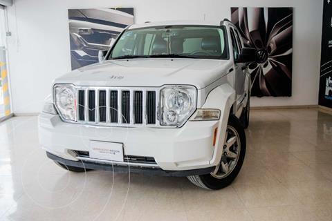 Jeep Liberty Limited 4x2 usado (2011) color Blanco precio $179,000