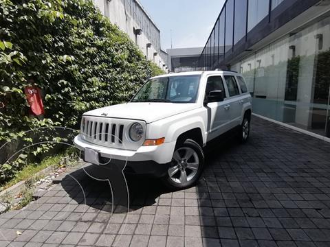 Jeep Patriot 4x2 Sport CVT usado (2016) color Blanco precio $215,000