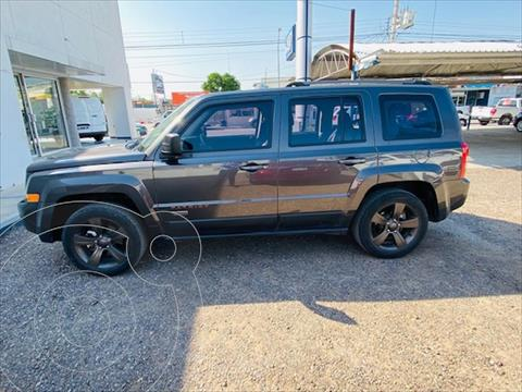 Jeep Patriot 4x2 Edicion 75 Aniversario Aut usado (2017) color Gris Oscuro precio $270,000