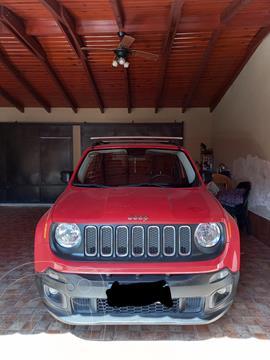Jeep Renegade Sport Plus usado (2017) color Rojo precio $2.300.000