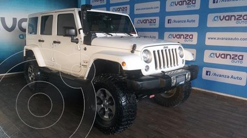 Jeep Wrangler Unlimited Unlimited Sahara 4x4 3.6L Aut usado (2017) color Blanco financiado en mensualidades(enganche $294,990 mensualidades desde $21,966)