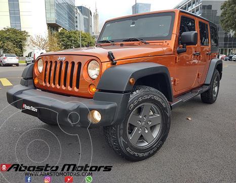 Jeep Wrangler Sport Unlimited usado (2011) color Rojo Flama precio u$s32.900