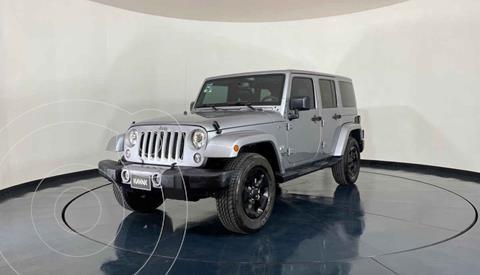 Jeep Wrangler Unlimited Sahara 4x4 3.6L Aut usado (2017) color Plata precio $719,999