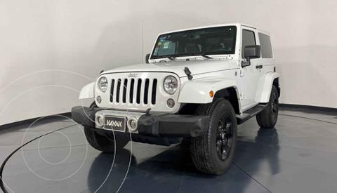 Jeep Wrangler Sahara 4x4 3.6L Aut usado (2014) color Blanco precio $527,999