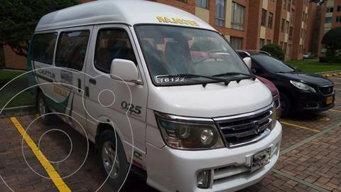 Jinbei Minibus 2.4L Die usado (2015) color Blanco precio $52.000.000