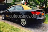 foto Kia Cerato 1.6L EX usado (2013) color Negro precio $10.500.000