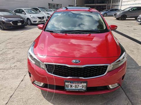 Kia Forte Hatchback HB SX usado (2018) color Rojo precio $289,000