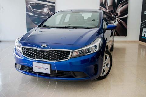 Kia Forte Hatchback EX 2.0L L4 MT usado (2018) color Azul Celeste precio $222,000