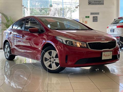 Kia Forte Sedan LX Aut usado (2018) color Rojo precio $195,000