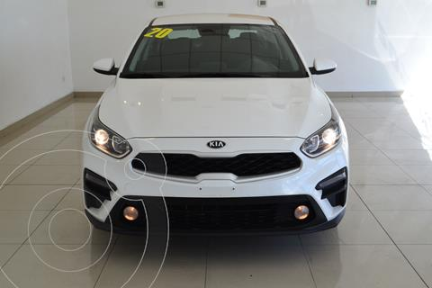Kia Forte Sedan L usado (2020) color Blanco precio $270,000