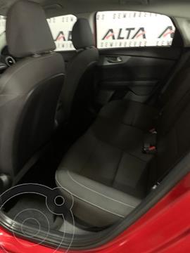 Kia Forte Sedan 2.0L LX usado (2020) color Rojo precio $310,000
